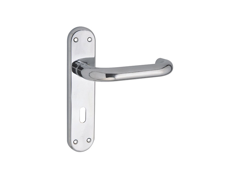 DH18518-LEVER DOOR HANDLE ON PLATE