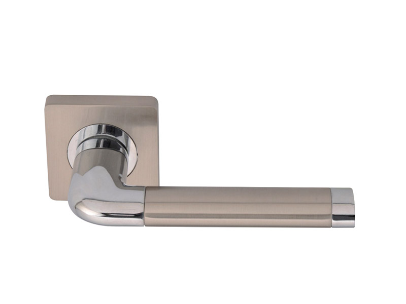 DH5208-SQ-ZINC ALLOY LEVER DOOR HANDLE ON ROSE