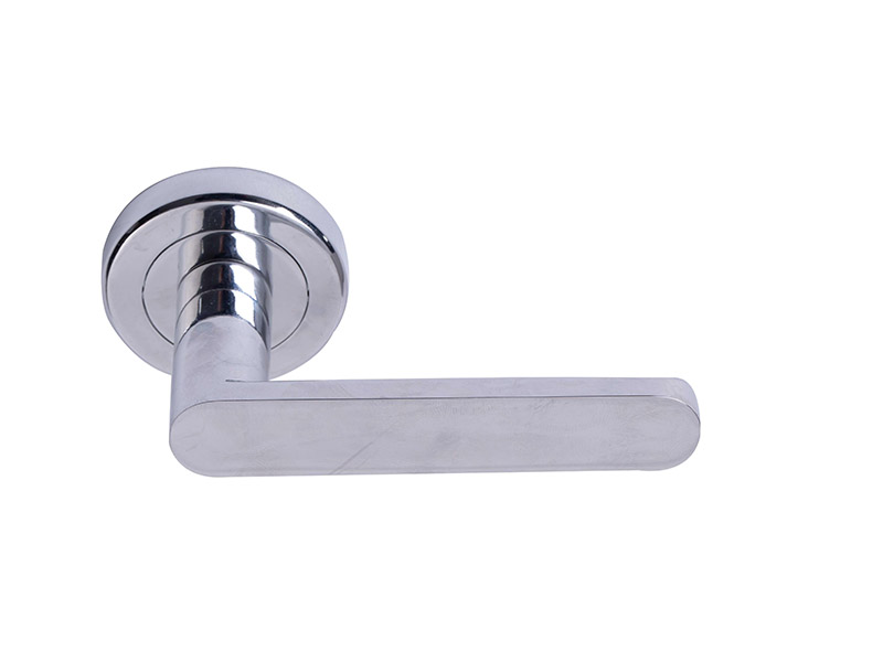 DH5222-ZINC ALLOY LEVER DOOR HANDLE ON ROSE