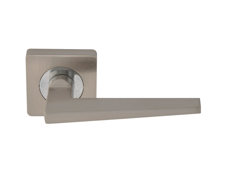 DH5236-SQ-ZINC ALLOY LEVER DOOR HANDLE ON ROSE
