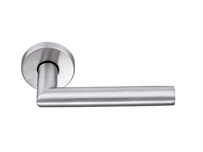 DHSS5257-HOLLOW STAINLESS STEEL LEVER DOOR HANDLE ON ROSE
