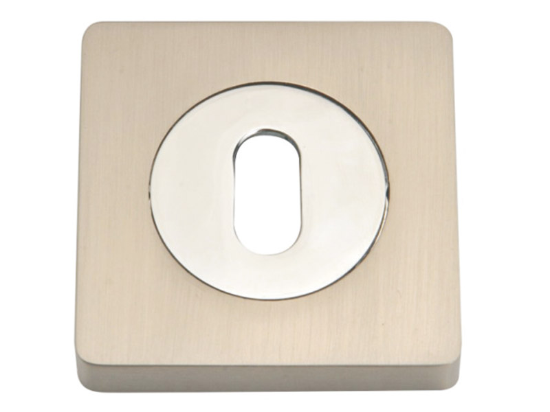 LE52-SQ-ZINC ALLOY LEVER DOOR HANDLE ON ROSE
